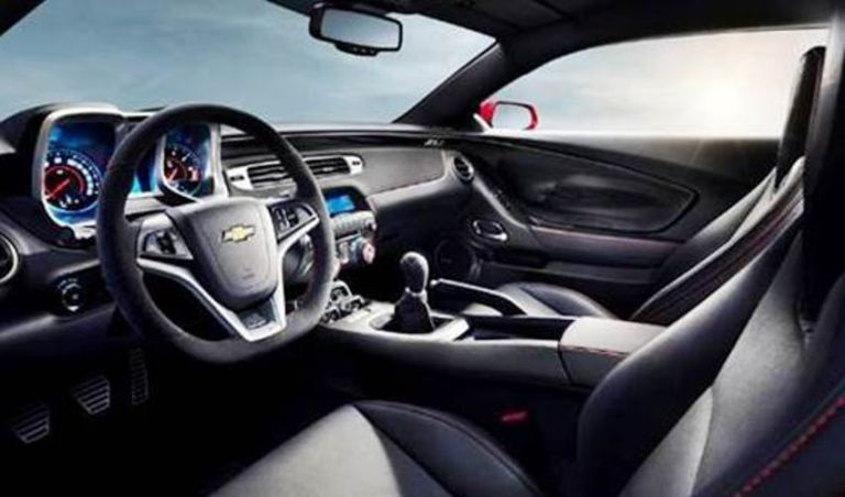2019 Chevy Camaro Interior