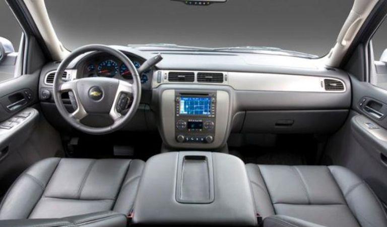 2021 Chevrolet Avalanche Interior