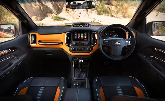 2019 Chevy Colorado ZR2 Interior