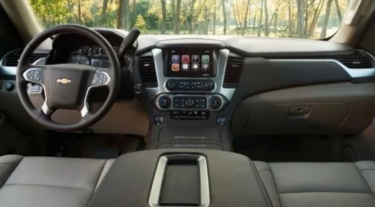 2019 Chevrolet Suburban Interior
